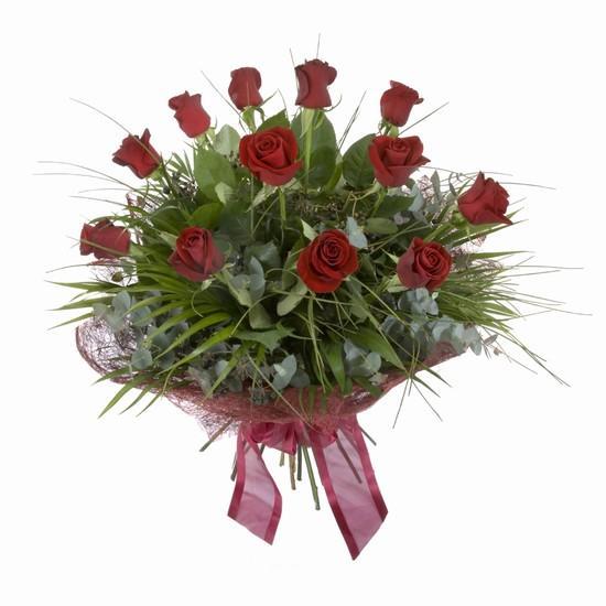Etkileyici buket 11 adet kirmizi gül buketi  Nevşehir çiçek yolla