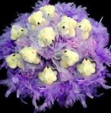 11 adet pelus ayicik buketi  Nevşehir yurtiçi ve yurtdışı çiçek siparişi