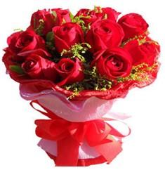 9 adet kirmizi güllerden kipkirmizi buket  Nevşehir çiçek gönderme