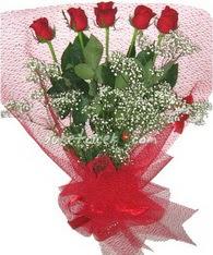 5 adet kirmizi gülden buket tanzimi  Nevşehir çiçek servisi , çiçekçi adresleri