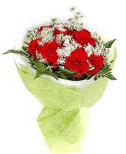 Nevşehir yurtiçi ve yurtdışı çiçek siparişi  7 adet kirmizi gül buketi tanzimi