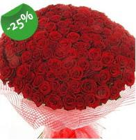 151 adet sevdiğime özel kırmızı gül buketi  Nevşehir çiçek gönderme sitemiz güvenlidir
