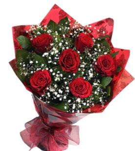 6 adet kırmızı gülden buket  Nevşehir uluslararası çiçek gönderme