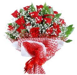 11 kırmızı gülden buket  Nevşehir çiçek siparişi sitesi