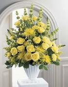 Nevşehir çiçek gönderme sitemiz güvenlidir  sari güllerden sebboy tanzim çiçek siparisi