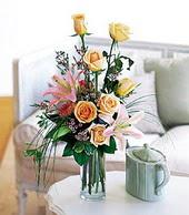 Nevşehir yurtiçi ve yurtdışı çiçek siparişi  cam yada mika vazo içerisinde gül kazablanka