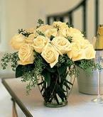 Nevşehir çiçek gönderme sitemiz güvenlidir  11 adet sari gül mika yada cam vazo tanzim