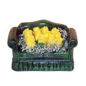 Seramik koltuk 12 sari gül   Nevşehir online çiçekçi , çiçek siparişi