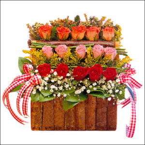 sandikta 3 kat güllerden   Nevşehir hediye çiçek yolla