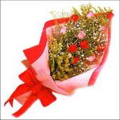 12 adet renkli  gül buketi   Nevşehir İnternetten çiçek siparişi