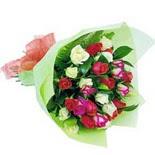 12 adet renkli gül buketi   Nevşehir çiçek online çiçek siparişi