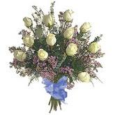 bir düzine beyaz gül buketi   Nevşehir çiçek online çiçek siparişi