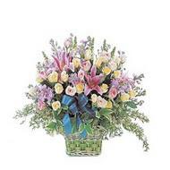 sepette kazablanka ve güller   Nevşehir çiçek mağazası , çiçekçi adresleri