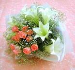 Nevşehir çiçek servisi , çiçekçi adresleri  lilyum ve 7 adet gül buket