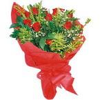 10 adet kirmizi gül buketi  Nevşehir çiçek servisi , çiçekçi adresleri