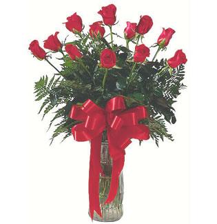 12 adet gül cam içerisinde  Nevşehir hediye çiçek yolla