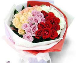 SEVENLERE ÖZEL 51 ADET GÜL  Nevşehir çiçek yolla