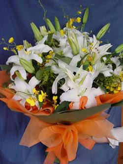 Nevşehir çiçek yolla  5 ADET KAZABLANKA BUKETI KALITEDEN SASMAYANLARA
