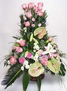 Nevşehir online çiçekçi , çiçek siparişi  özel üstü süper aranjman