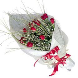 Nevşehir uluslararası çiçek gönderme  11 adet kirmizi gül buket- Her gönderim için ideal