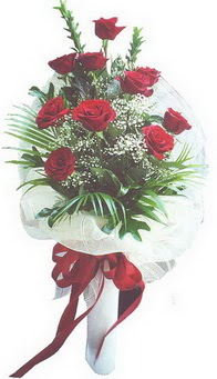 Nevşehir çiçek yolla , çiçek gönder , çiçekçi   10 adet kirmizi gülden buket tanzimi özel anlara
