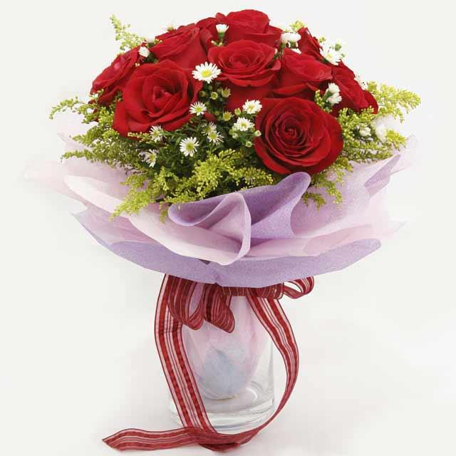 Çiçek gönderme estetikliginiz 11 gül buket  Nevşehir İnternetten çiçek siparişi
