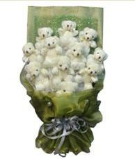 11 adet pelus ayicik buketi  Nevşehir çiçek , çiçekçi , çiçekçilik