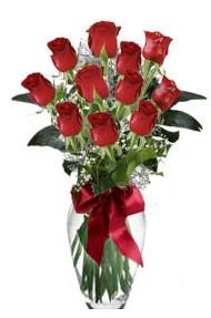 11 adet kirmizi gül vazo mika vazo içinde  Nevşehir çiçek siparişi sitesi