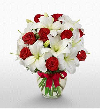 Nevşehir çiçek yolla , çiçek gönder , çiçekçi   1 dal kazablanka 11 adet kırmızı gül vazosu