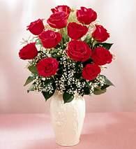 Nevşehir İnternetten çiçek siparişi  9 adet vazoda özel tanzim kirmizi gül