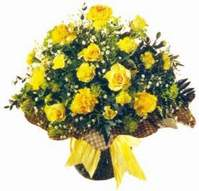 Nevşehir yurtiçi ve yurtdışı çiçek siparişi  Sari gül karanfil ve kir çiçekleri