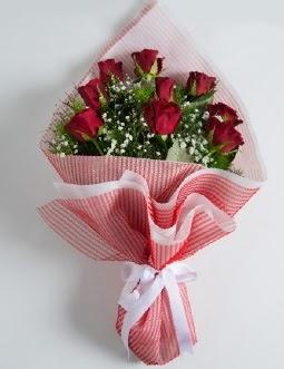 9 adet kırmızı gülden buket  Nevşehir güvenli kaliteli hızlı çiçek