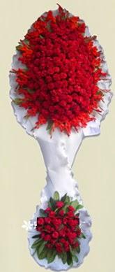 Çift katlı kıpkırmızı düğün açılış çiçeği  Nevşehir internetten çiçek satışı