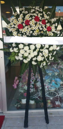 Cenaze çiçeği cenaze çiçek modelleri  Nevşehir çiçek mağazası , çiçekçi adresleri
