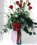 Nevşehir çiçek gönderme sitemiz güvenlidir  7 adet gül özel bir tanzim
