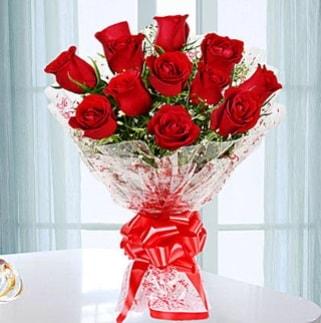 11 adet kırmızı gülden görsel şık buket  Nevşehir online çiçekçi , çiçek siparişi