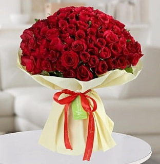 101 adet kırmızı gül buketi koca demet  Nevşehir çiçekçi telefonları