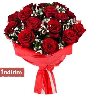 12 Adet kırmızı aşk gülleri  Nevşehir güvenli kaliteli hızlı çiçek