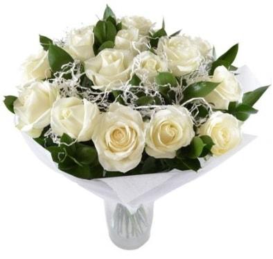 15 beyaz gül buketi sade aşk  Nevşehir güvenli kaliteli hızlı çiçek