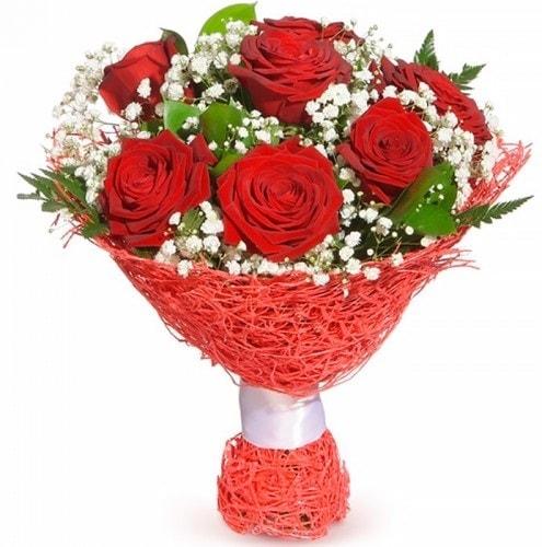 7 adet kırmızı gül buketi  Nevşehir çiçek gönderme